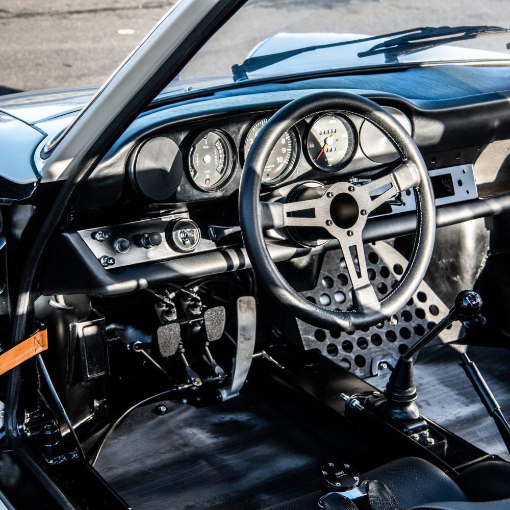 1967 Porsche 911 R - Interior